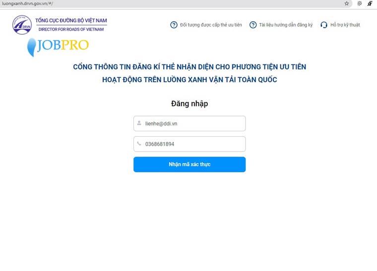 Nhập Email và số điện thoại để đăng ký